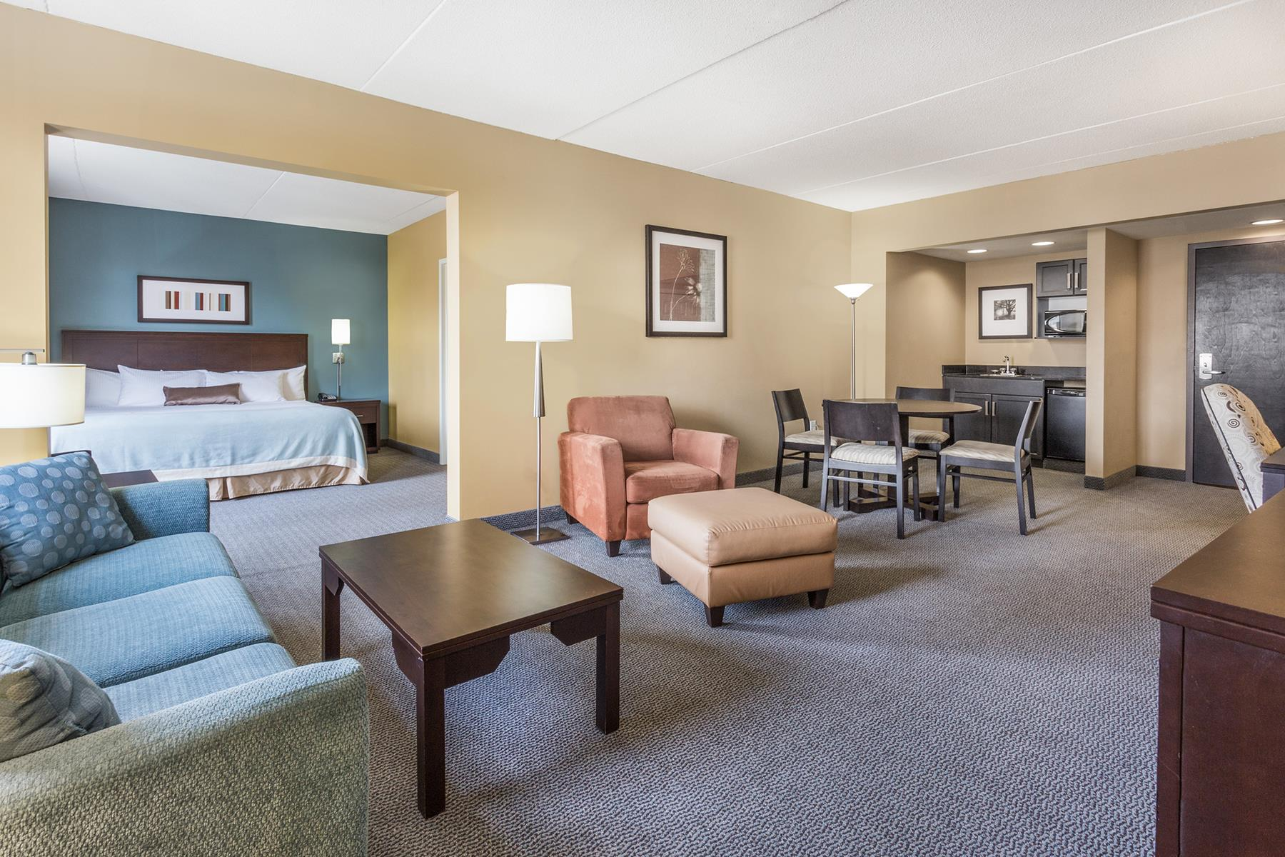 wingate by wyndham regina reviews